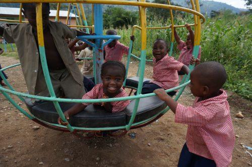 Spielplatz für die Jüngsten (Togo)