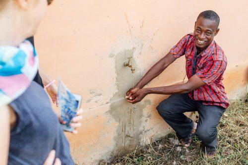 SAUBERES TRINKWASSER (Togo)