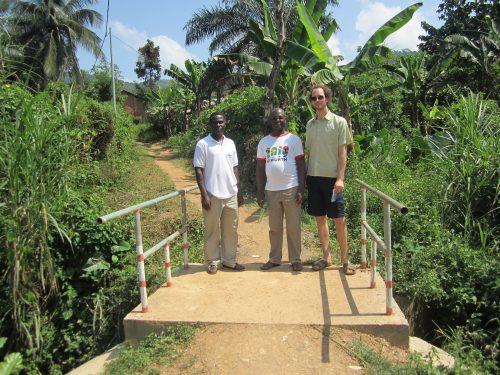 Fußgängerbrücke in Tomegbé (Togo)